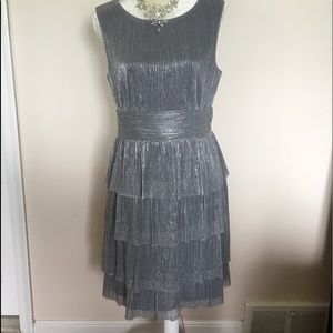 🔥Silver cocktail beautiful dress Connected 12/L